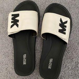 White and black MK slides